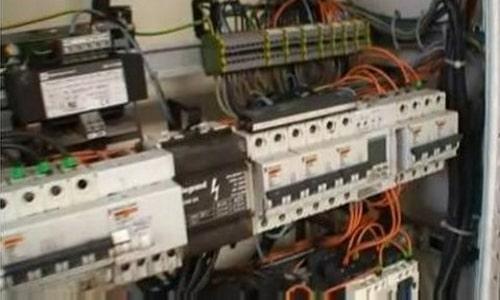 Reinigung von elektrische Anlagen 2